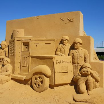 "En tur i sommerlandet ""Hundested Sandskulptur Festival"""