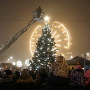 Juletræet tændes & Julebyen åbner