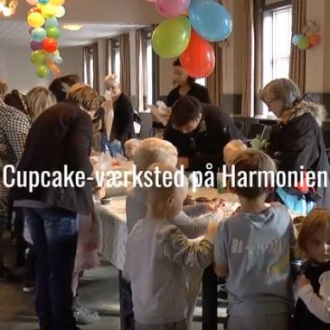 Cupcakes og balloner på harmonien