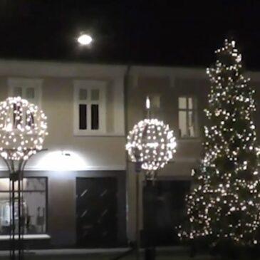 Juletræ på Axeltorvet